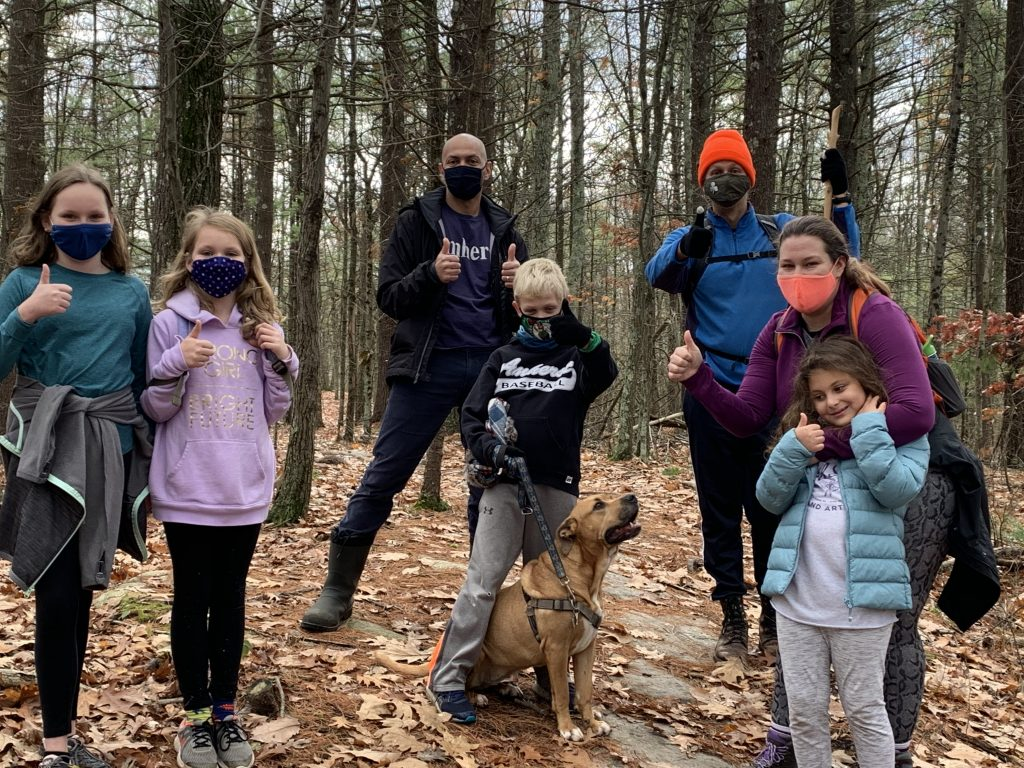 Group hiking in H4H